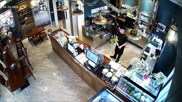 Lắp bộ camera quan sát cho quán cà phê